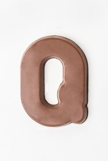 Milk chocolate letter Q