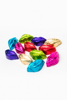 Wedding chocolate kissess
