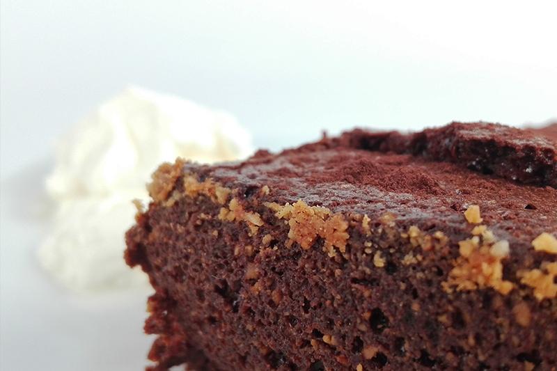 chocaffair_chocolate_bar_100g_chilli_recipe_darkchillichocolatemoussecake_20160726_02