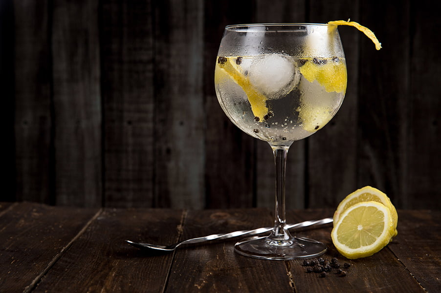 The History of Gin & Tonic